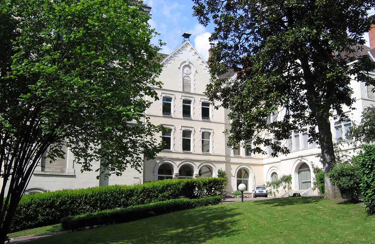 Le bâtiment de l'ESPE sur le campus universitaire de Mâcon