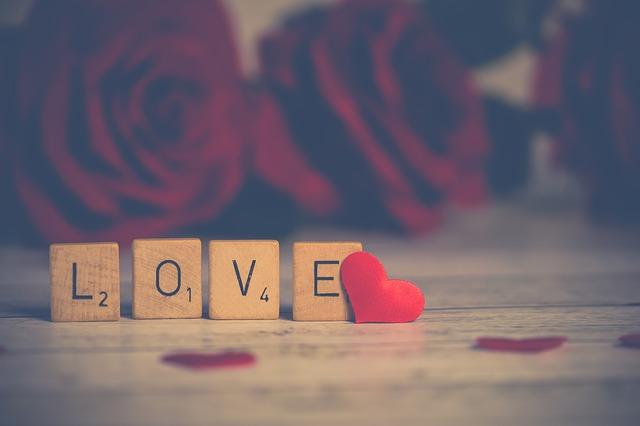 Peut-on vraiment trouver l'amour grâce aux applications et sites de rencontre ?